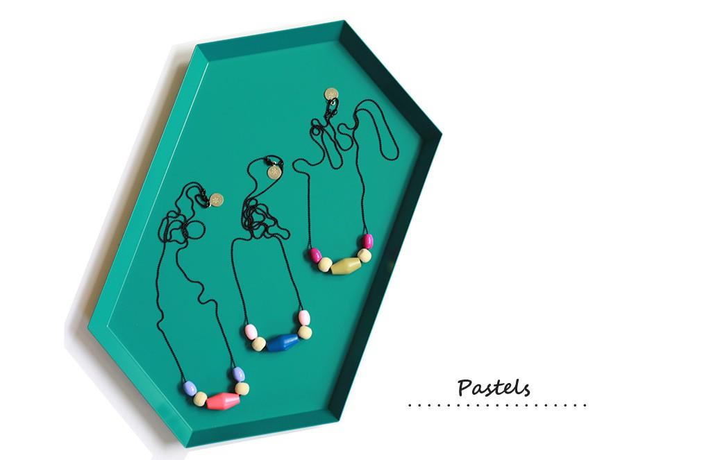 pastels_beads_necklaces_wordpress