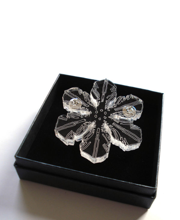 acrylic laser cutted snow-cristal brooch