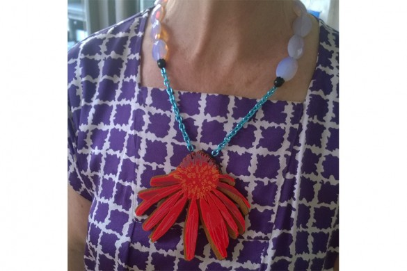 My corn flower necklaces are back at the ikki gallery in Paris and may be soon in Japan!