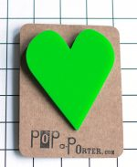 hart-brooch-product-green