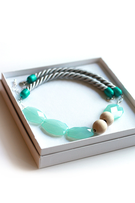 Statement necklace pastel mint green by pop-a-porter