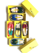 rope_necklace_yellow_boxes