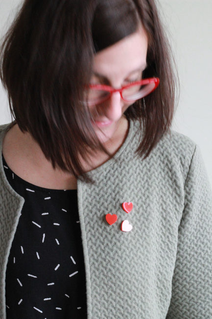 Trendy heart brooches by Pop-a-porter// the perfect little gift to make someone happy !