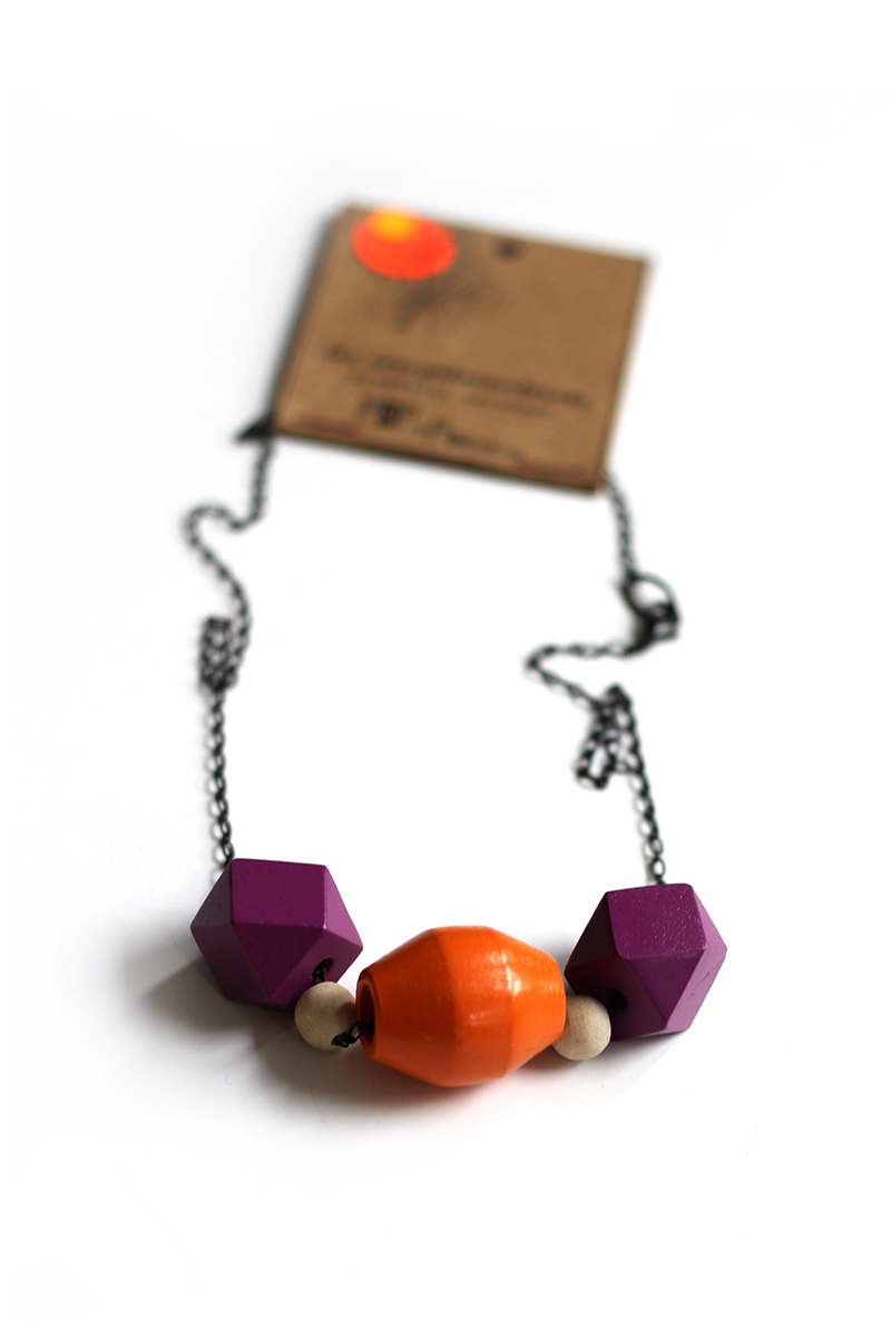 colorblock necklace orange and purple to add a pop of color to your outfit!