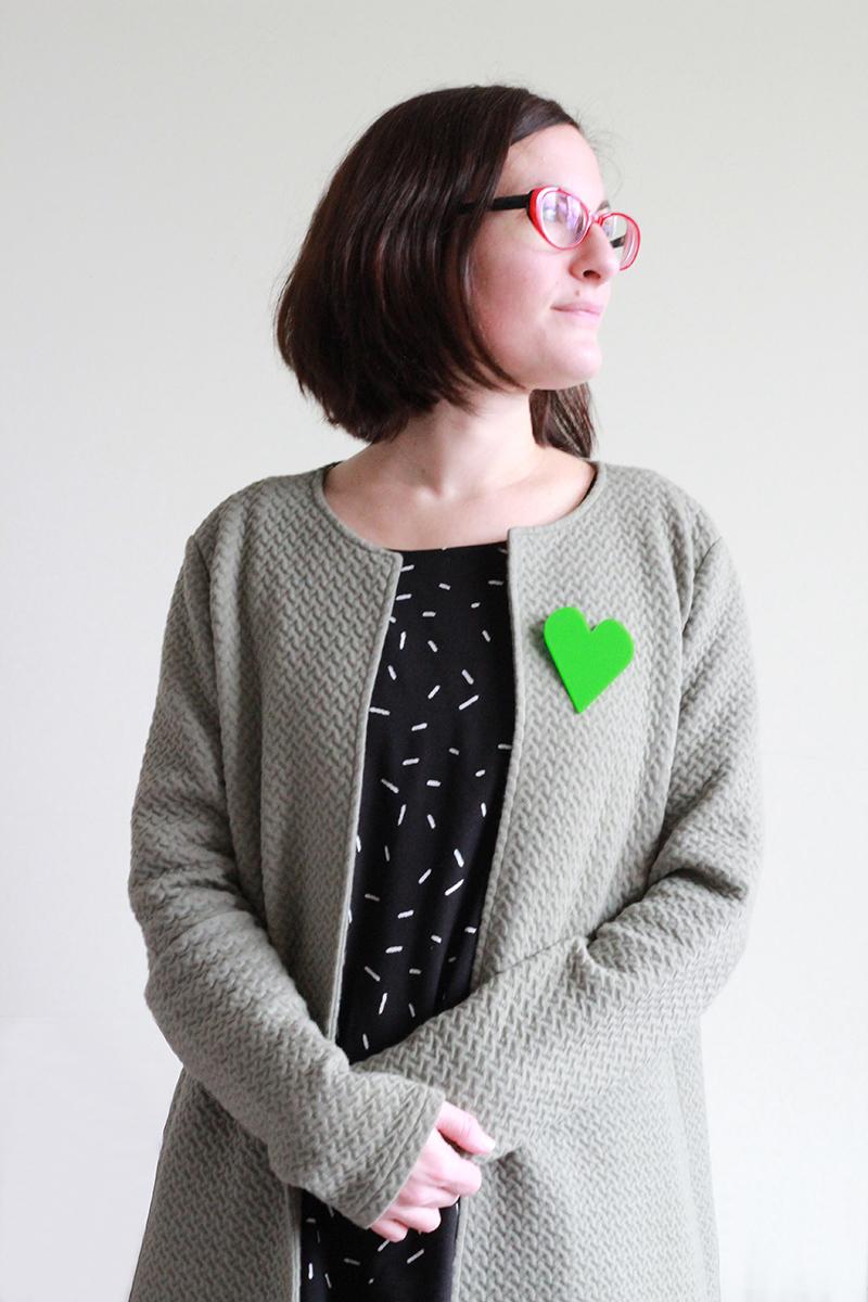 oversize heart brooch green