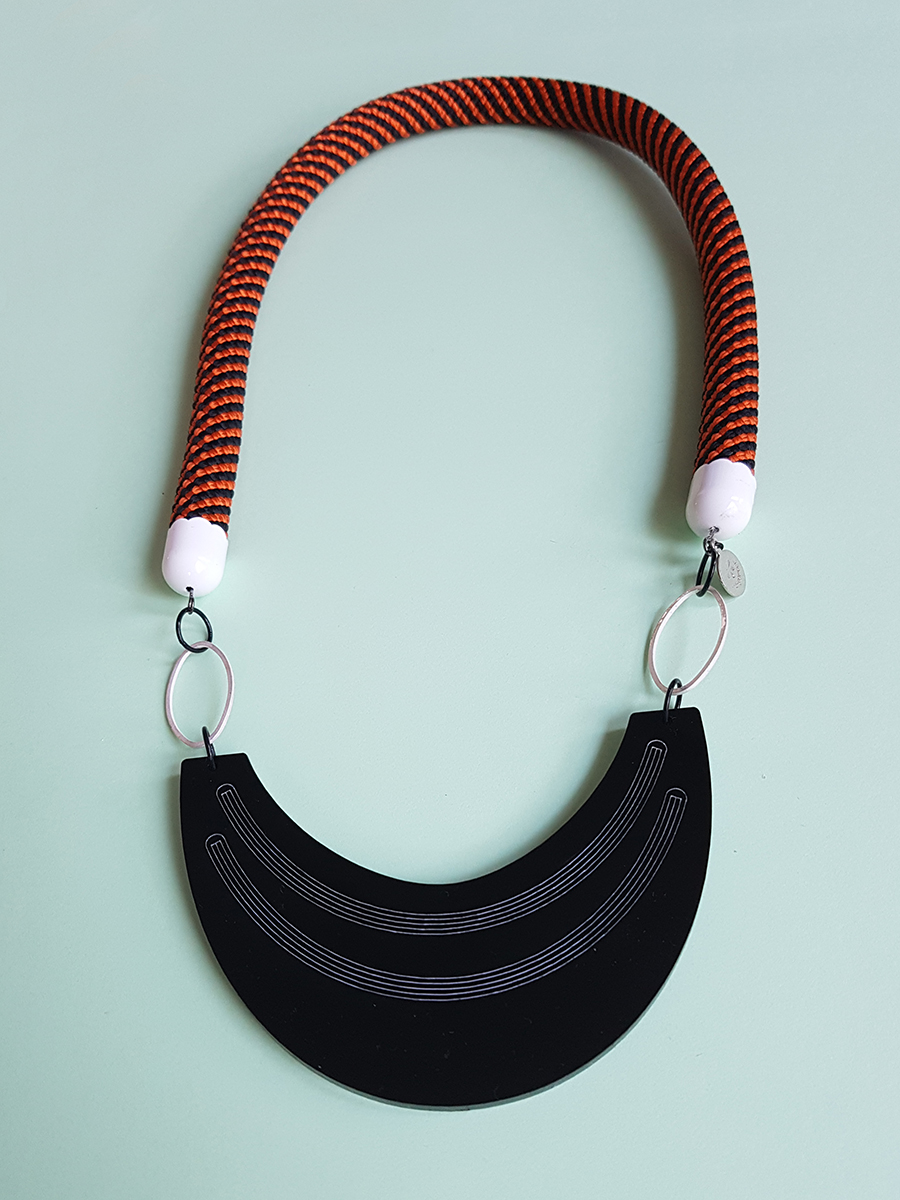 fall statement rope necklace by pop-a-porter
